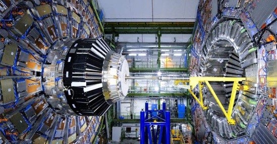 The CMS detector at the LHC (CERN)