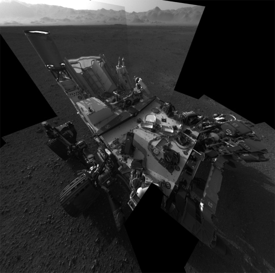 Hi-res self-portrait of Curiosity -- taken with the mast-mounted Navcams. Credit: NASA/JPL-Caltech