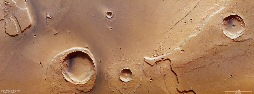 ESA Mars Express observation of the mouth of Kasei Valles, as it transitions into Chryse Planitia. The large crater in the lower left is Worcester Crater. (ESA/DLR/FU Berlin)