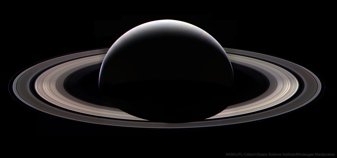 LastRingPortrait_Cassini_1080